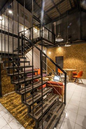 Loft Style modern loft style design - picture of koh tao loft hostel, koh tao