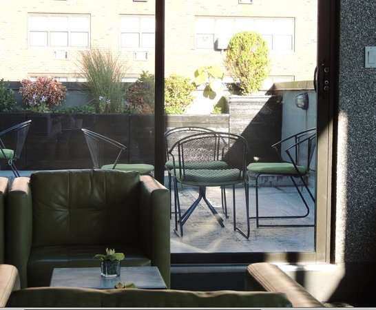 The Marcel at Gramercy : rooftop- sala colazione