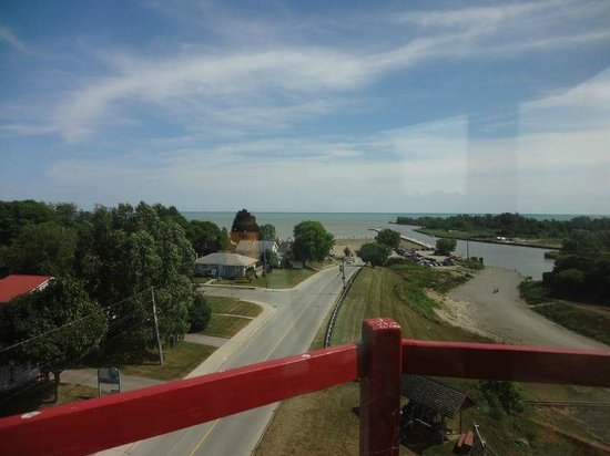 Port Burwell Marine Museum & Historic Lighthouse : View from top of lighthouse