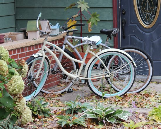 Lady on the Lake Bed & Breakfast: Take a little ride (there's a nice path nearby)