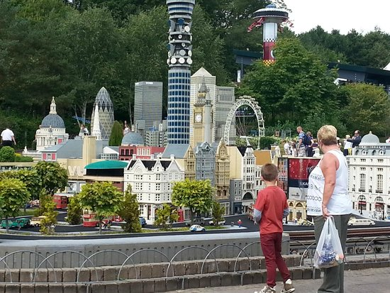 model village at lego land - Picture of Legoland Windsor Resort ...