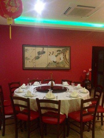 Jade Garden Chinese Restaurant: 12 People Round Table