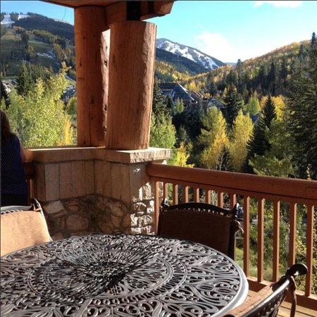 Elkhorn Lodge: Room with a view