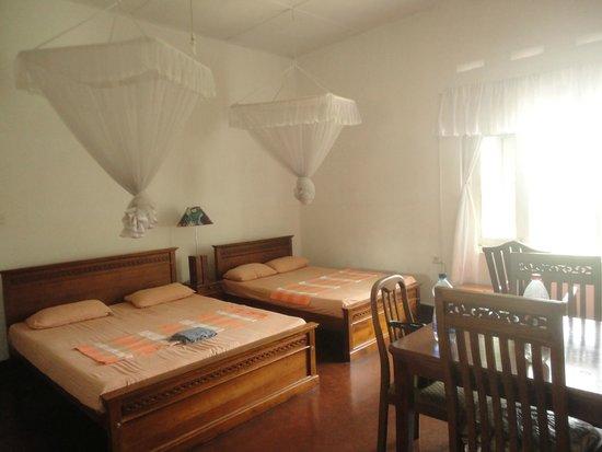 Hotel Amaara Lake: Family Room