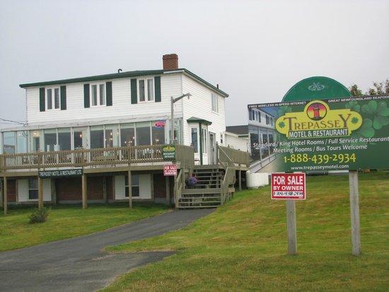 Edge of the Avalon Inn: Trepassy Motel & Restaurant