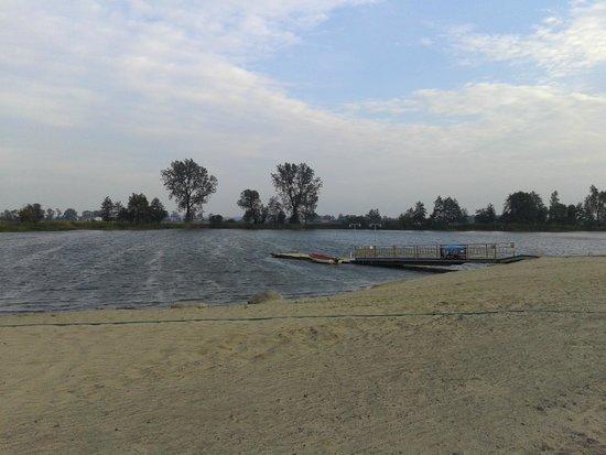 Jeziorna Osada照片