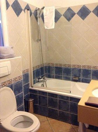 L'Etape Hotel Restaurant : Salle de bains