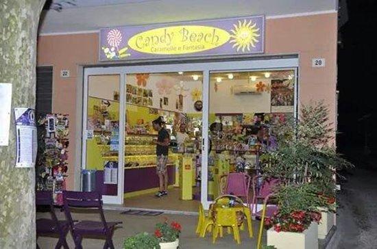 San Mauro Pascoli, Italie: Candy Beach caramelle & fantasia