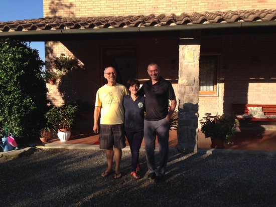 B&B Casa Certosa: With Carlo and Nada in front of their home.