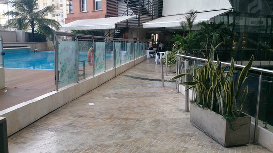 Hotel Spiwak Chipichape Cali: lobby y restaurante