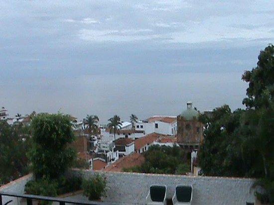 Hotel Suites la Siesta: город и океан
