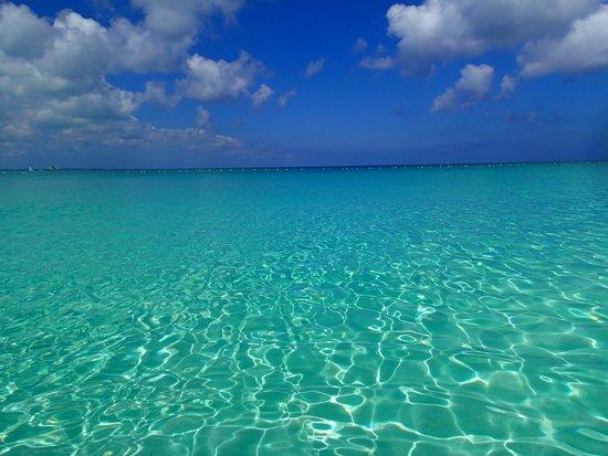 Grace Bay: beautiful water