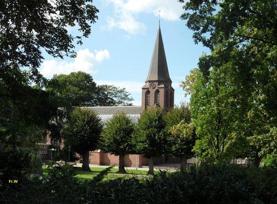 De kerk in Luttenberg .