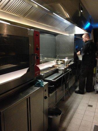 Meet Meat Schuman : La cuisine