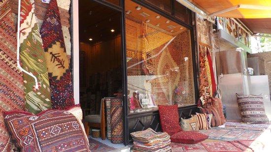 Arasta Bazaar: Carpets & kilims