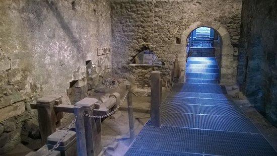 Ferrería de Cades: Sala del horno y martillo.