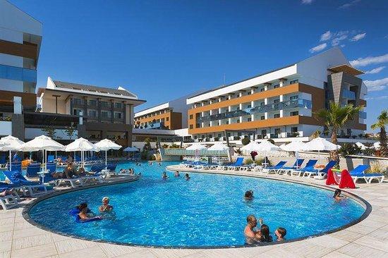 Hotel Terrace Beach Resort: Een super mooi zwembsd