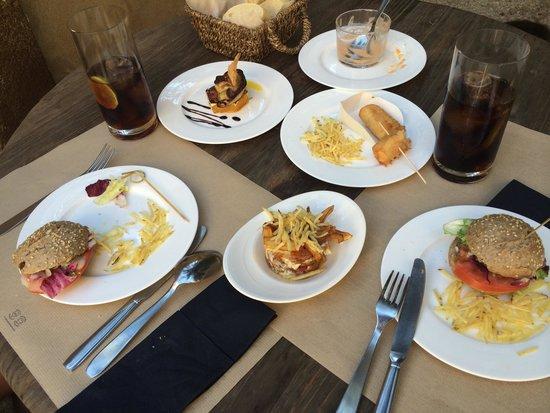 Hotel Palacio Carvajal Giron: Tapas deliciosas
