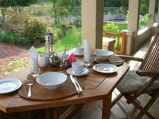 The Old Trading Post: Breakfast on the veranda