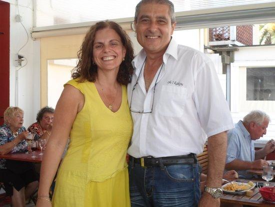 Le Barcarès, Francia: patron se préte  gentiment  a  la  photo  demander