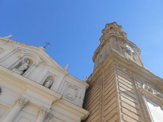 La Seo del Salvador: Fachada y Torre