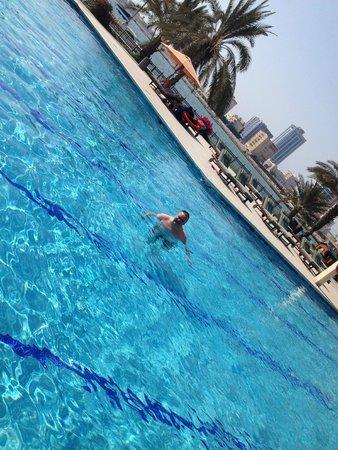 Doubletree by Hilton Ras Al Khaimah: pool accross road