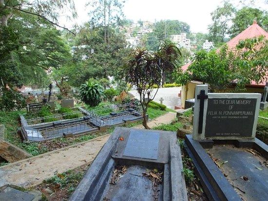 Kandy Garrison Cemetery: The Cemetery..!