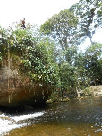 Paraty Central Hostel : jump!