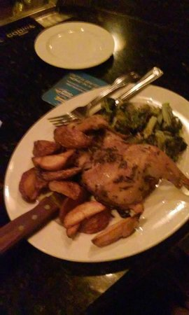 The Old 5 Mile House: chicken with some killer broccoli