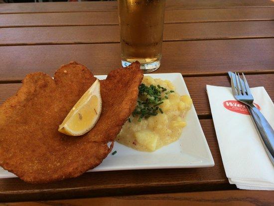 Rathausplatz: Chicken Schnitzel with Potato Salad