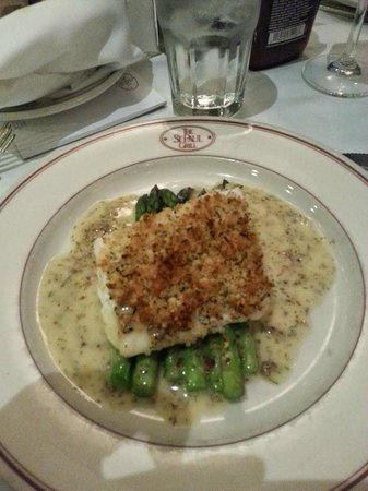 The St. Paul Grill: Halibut