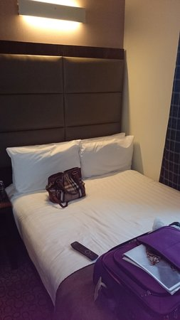 Mercure London Paddington Hotel : Very small room!