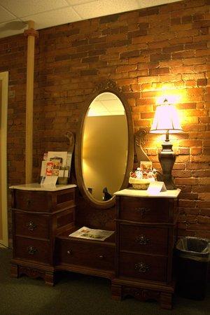 Inn at St. John: Beautiful Dresser