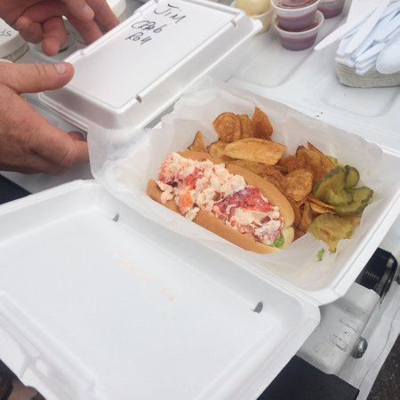Schutty's Seafood: Schutty's  Delicious Lobster roll...