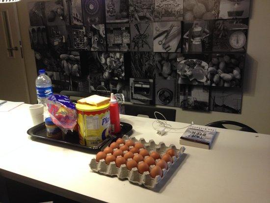 Checkers Backpackers: Breakfast