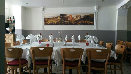 Gusellas Italian Restaurant: Table Setup For A Special Retirement Party