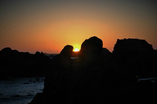 Ocean View Inn & Suites: Sunset in Crescent City