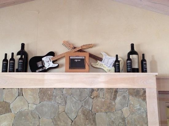 Cliff Lede Vineyards : rock n roll winery - inside the tasting room