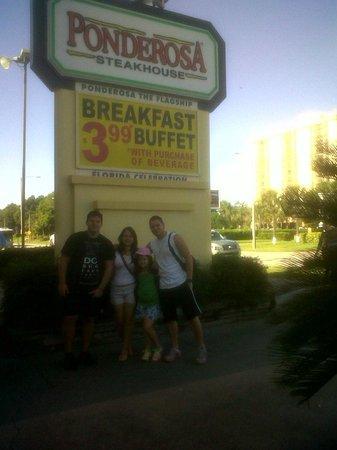 Ponderosa Steakhouse: entrada.. miren el precio del desayuno¡¡¡