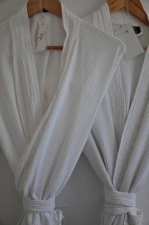 Royal Palms Resort & Spa : Robes in every room