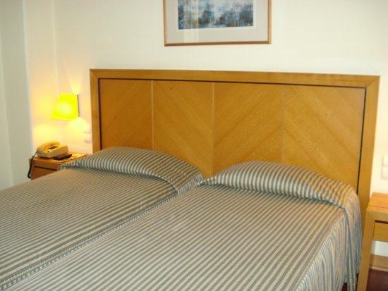Hotel Roma: Cama confortável