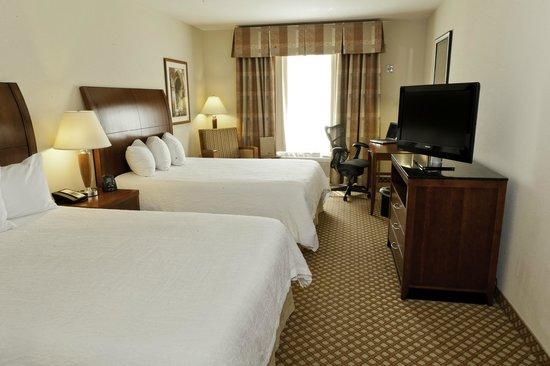 Hilton Garden Inn Gulfport Airport: 2 Queen Beds