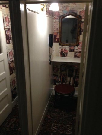 The Red Lion Inn : Old Phone Booths