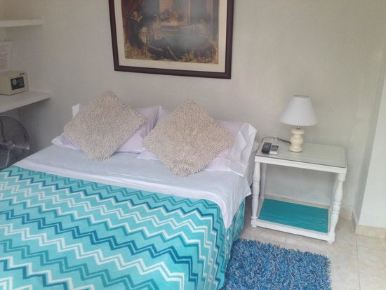 Old Town San Diego Hostel: Bedroom