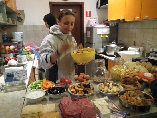 Hostel Mostel: Yummy breakfast in HOSTEL