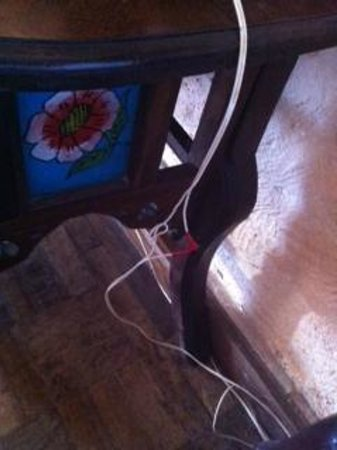 Zanzibar Beach Resort: cut power cable