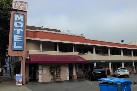 Prime Aussenansicht Picture Of Town House Motel San Francisco Home Interior And Landscaping Mentranervesignezvosmurscom