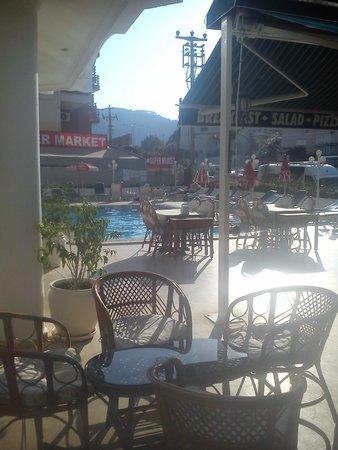 Oasis Hotel照片