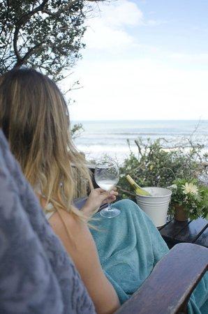 Prana Lodge: Beach Deck
