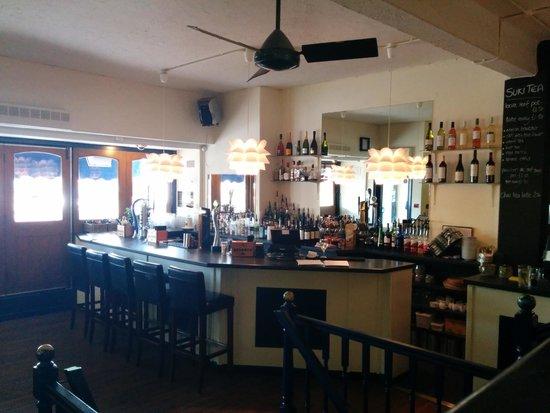 dock o' the bay: the bar